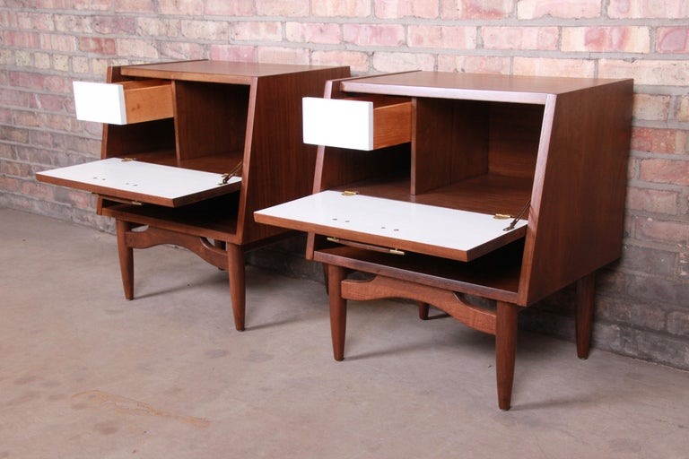 Merton Gershun for American of Martinsville Walnut Nightstands, Newly Restored For Sale 7