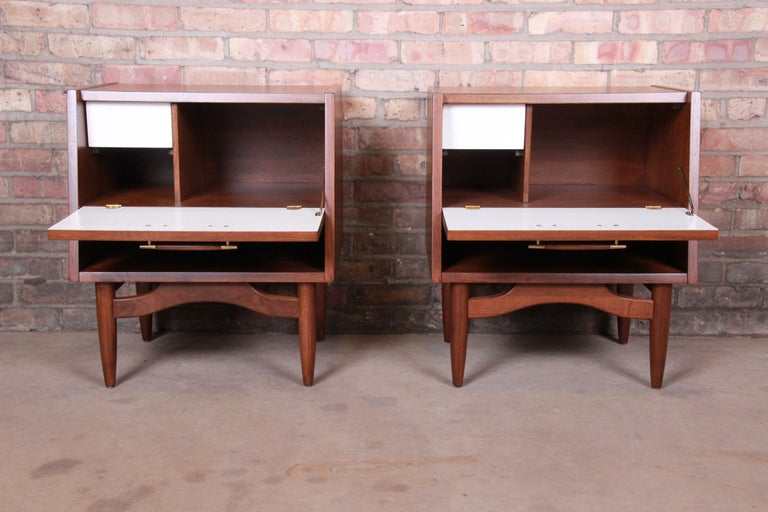 Merton Gershun for American of Martinsville Walnut Nightstands, Newly Restored For Sale 4