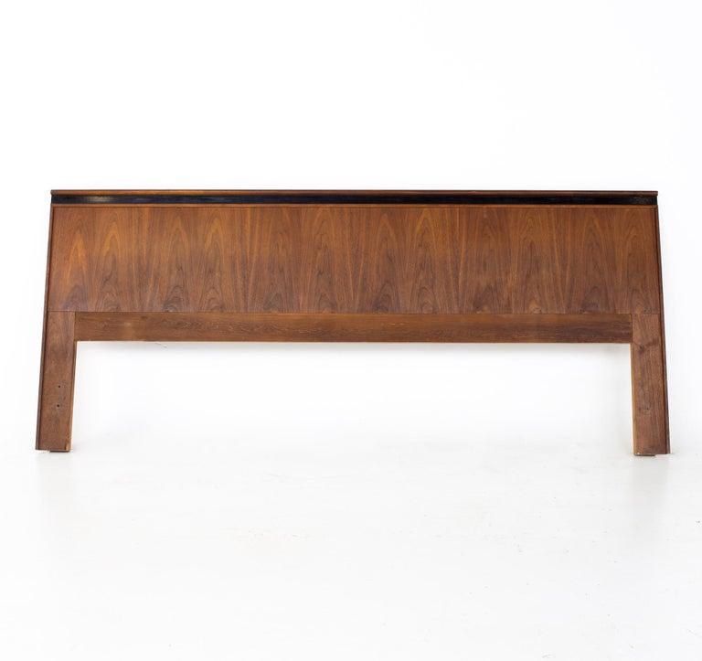 Mid-Century Modern Merton Gershun for Dillingham Esprit Mid Century Walnut King Headboard For Sale