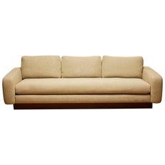 Mesa Sofa by Lawson-Fenning