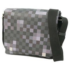 messenger  DistrictPM  Mens  shoulder bag N40072