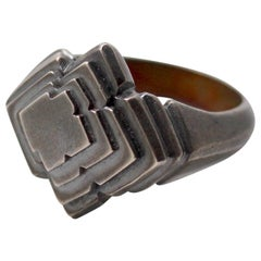 Metaalia Jewelry Handmade Zigguratt Ring in Sterling Silver