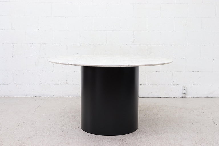 . Metaform Attributed Large Round Marble Pedestal Dining Table