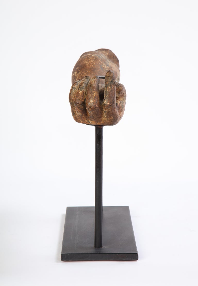 Metal Arm Fragment on Metal Stand, 20th Century For Sale 9
