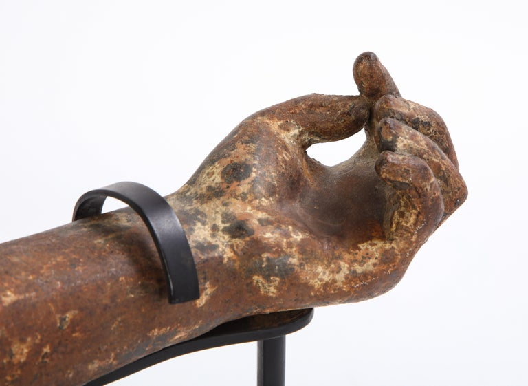 Metal Arm Fragment on Metal Stand, 20th Century For Sale 2