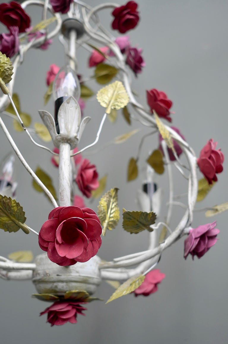 Metal Colorful Hand Painted Romantic Roses Bouquet Pendant Lamp, Italy, 1960s In Good Condition For Sale In Den Haag, NL