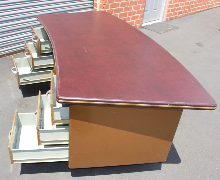 Italian Metal Desk by Duto Verona, Italy For Sale