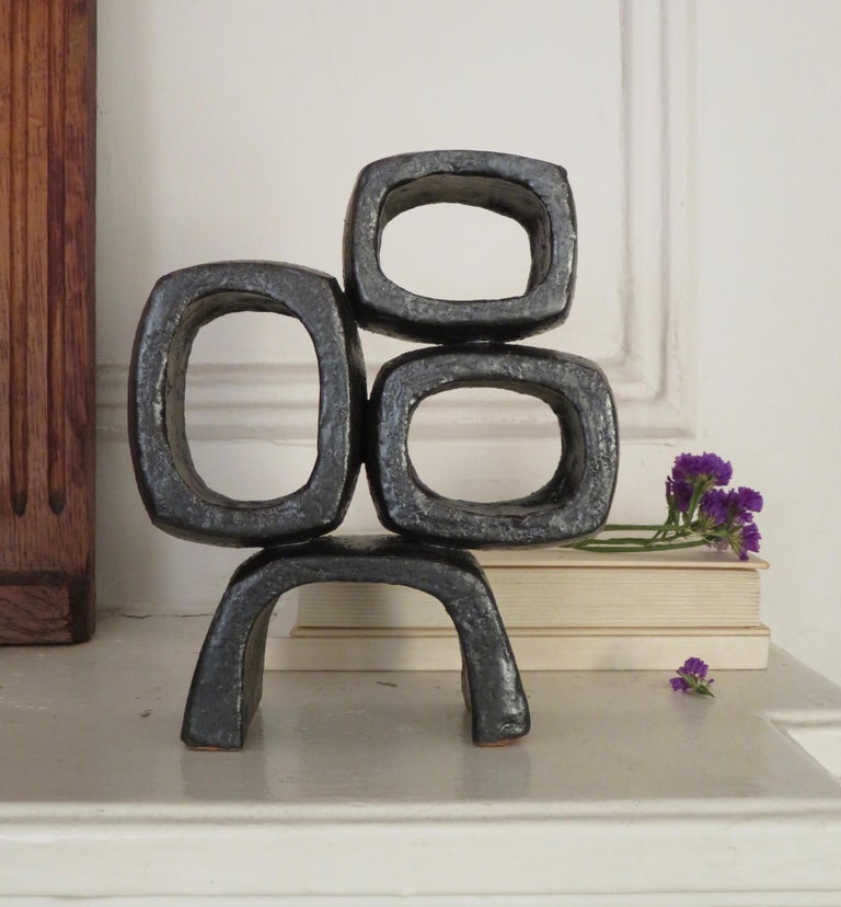 Metallic Black TOTEM, Ceramic Sculpture, Three Rectangular Rings on Angled Base For Sale 5
