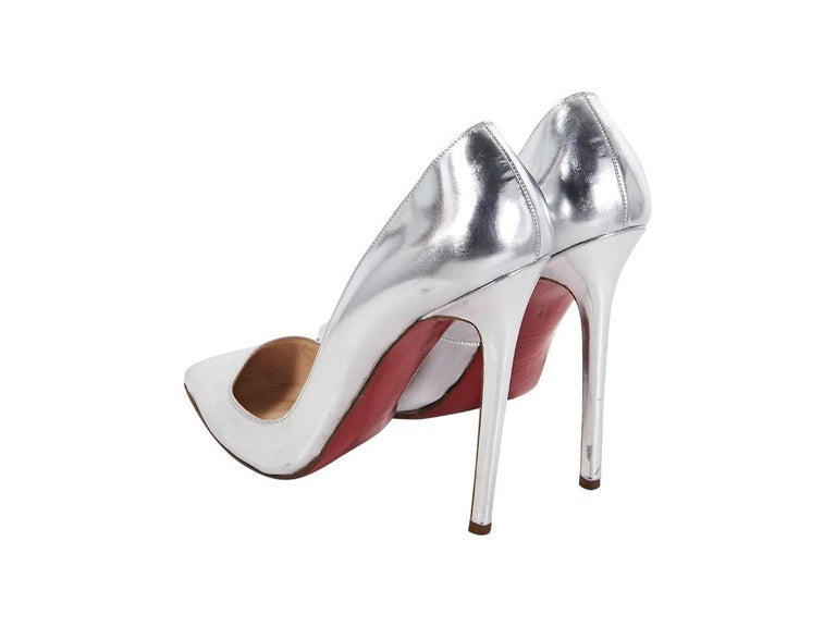 more photos b8296 4d1f5 Metallic Silver Christian Louboutin Leather Pumps