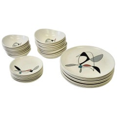 Metlox Poppy Trail California Contemporary 32 Piece Dinner Service for Eight