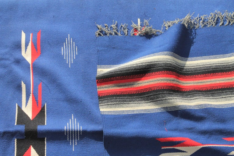 Mexican / American Serape in Unusual Colors In Good Condition For Sale In Los Angeles, CA