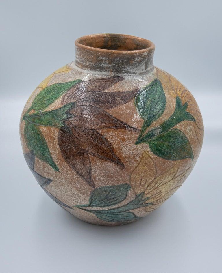 Mexican Antique Dolores Porras Clay Pottery Folk Art Flower Vessel Vase In Good Condition For Sale In Queretaro, Queretaro