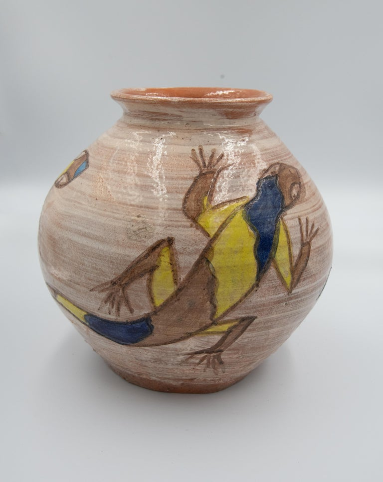 Hand-Crafted Mexican Antique Dolores Porras Lizard Clay Pottery Folk Art Terracotta Vase For Sale