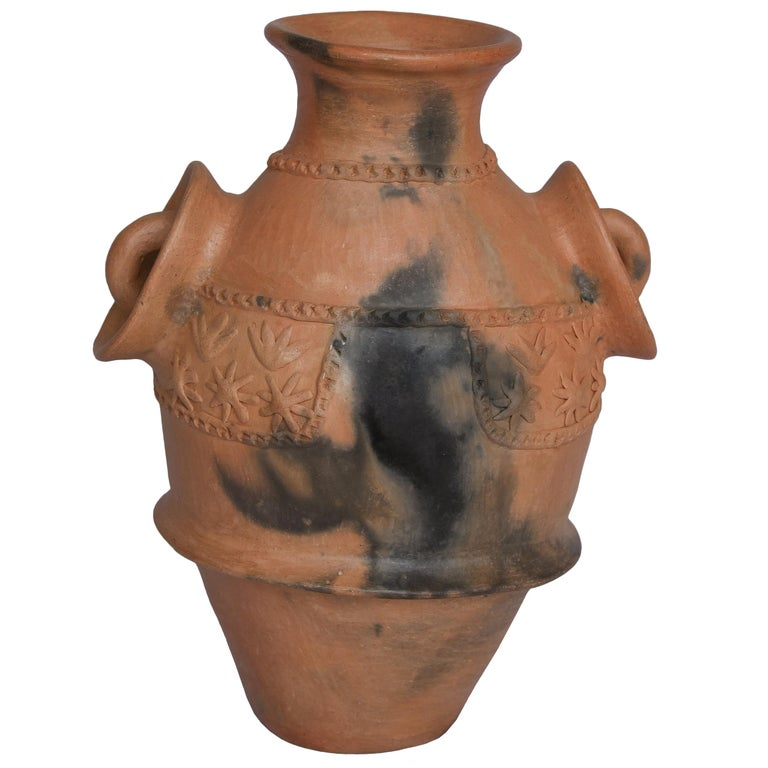 Mexican Burnished Clay Folk Art Terracotta Handmade Vase with Handles In New Condition For Sale In Queretaro, Queretaro