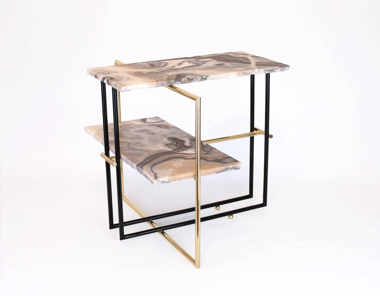Modern Mexican Onyx Stone and Brass UÑA Side Coffee Table Design by Nomade Atelier For Sale