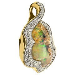 Mexican Opal 13.48 Carat Diamonds One of a Kind 18 Karat Yellow Gold Pendant