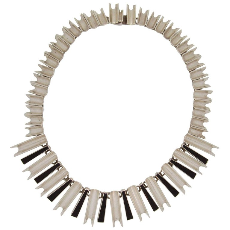 Mexican Sterling Silver Modernist Necklace, Possibly Antonio Pineda For Sale