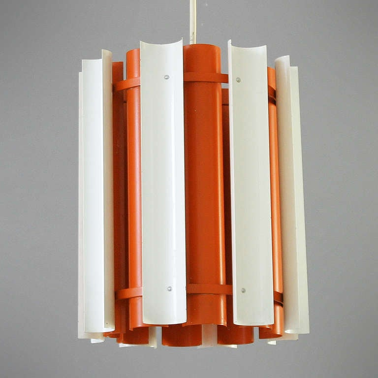Lamp 'Mexico' by Yki Nummi for Stockmann - Orno, Finland. Measurements: height 11.8 inches (30 cm) and diameter 9.8 in. (25 cm). Beautiful condition. Lacquered metal. One bulb E27/E26 of max 70 watt, the electricity is used but in a good condition,