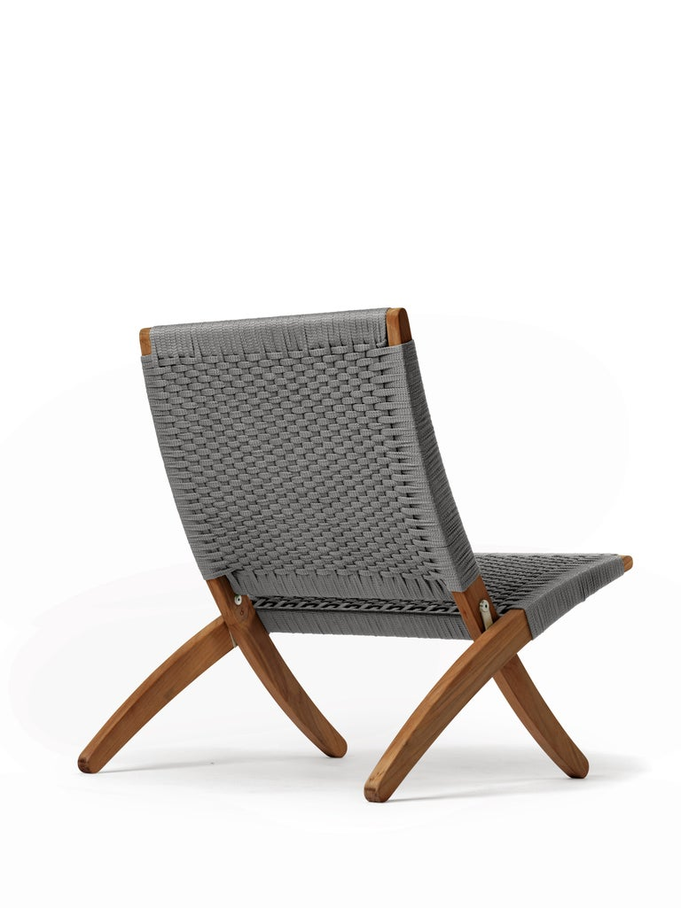 Designed by Morten Gøttler in 1997, the MG501 Cuba chair captures contemporary design with its ideal balance of form and function, and nods to previous masters who experimented with elevating the folding chair concept. Designed by Morten Gøttler in