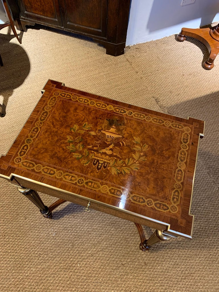 Very pretty 19th century inlaid dressing table / side table 