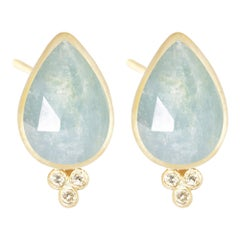 Mia Small Aquamarine 18 Karat Gold Stud Earrings