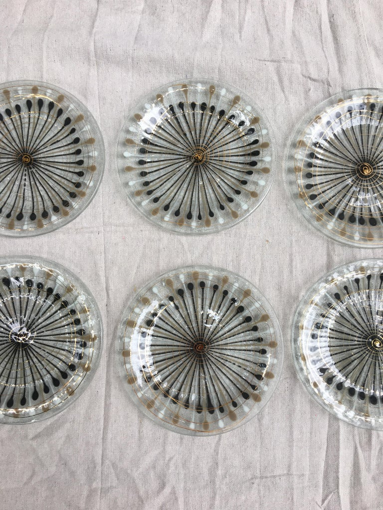Mid-Century Modern Michael and Frances Higgins Set of 8 Plates, All Etched Signatures For Sale