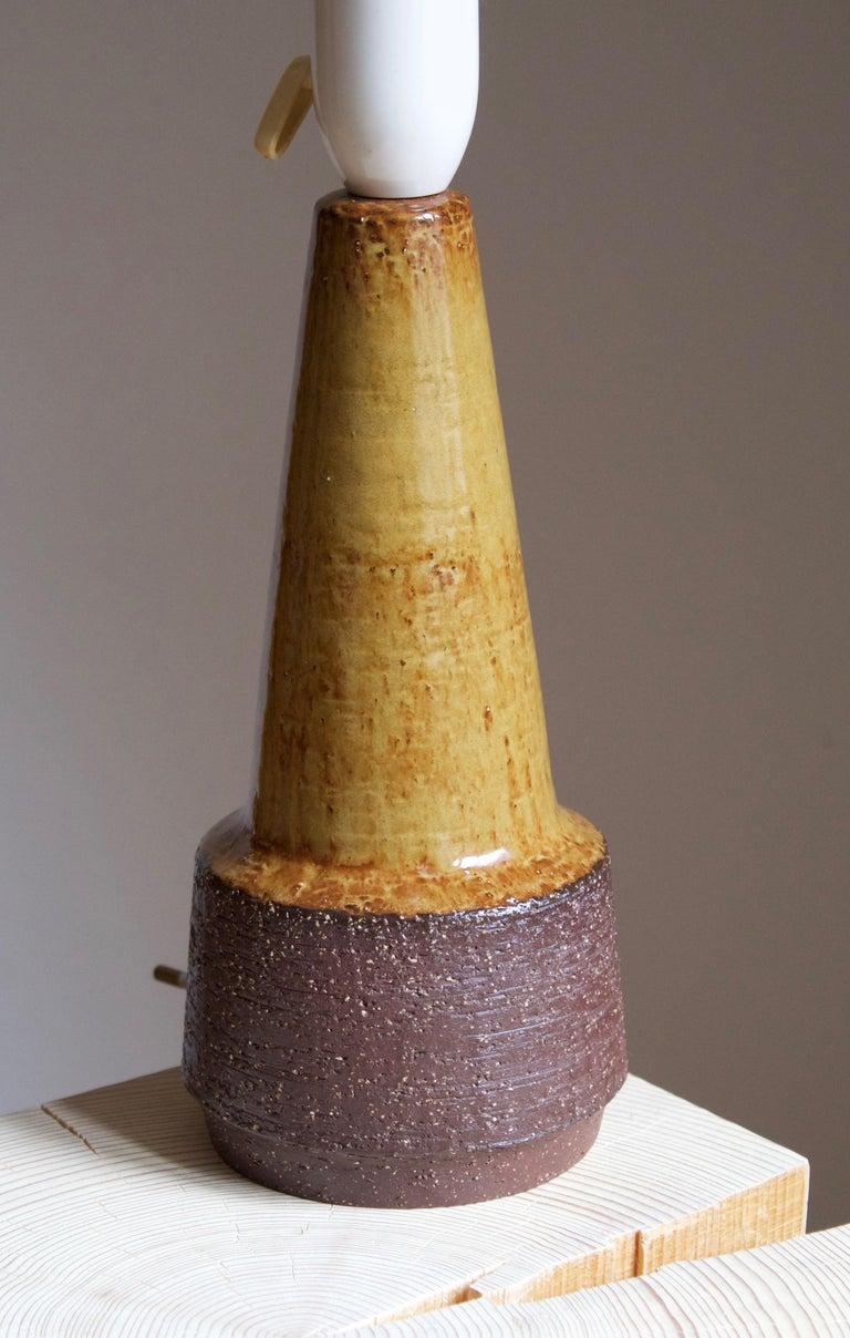 American Michael Andersen, Table Lamp, Glazed Stoneware, Bornholm, Denmark, 1960s For Sale