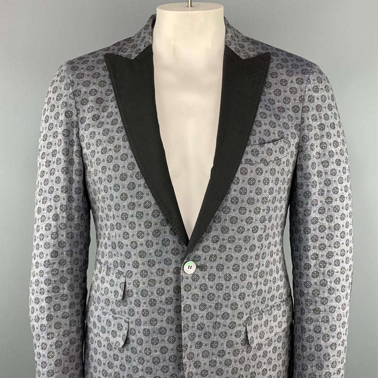 MICHAEL BASTIAN Sport Coat comes in a gray print linen featuring a peak lapel style, elbow patches, and a single button closure. Made in Italy.   Excellent Pre-Owned Condition. Marked: 50  Measurements:  Shoulder: 18 in.  Chest: 40 in. Sleeve: 27