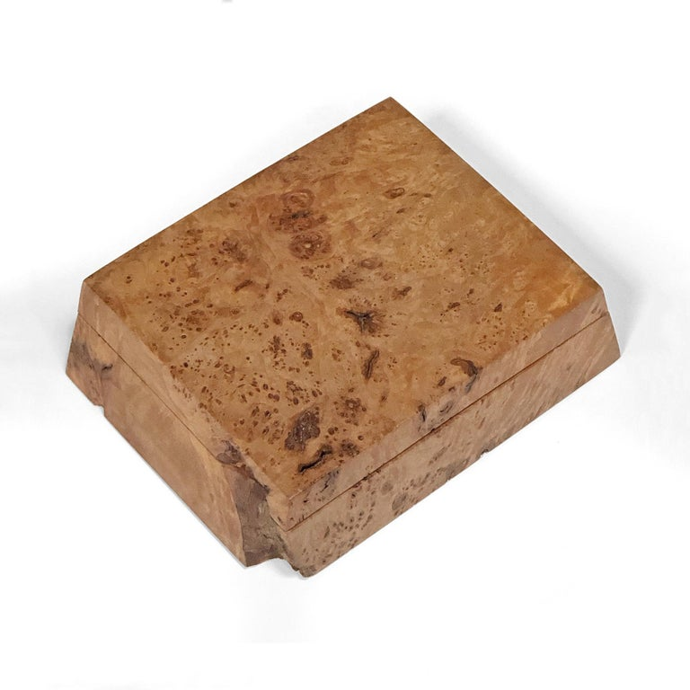 This lovely trinket box in Oregon bird's-eye maple burl by Silverton, OR woodworker Michael Elkan has a beautiful, rich color and texture. Handcrafted from a single piece of wood, the box is hand signed and comes with the original literature.