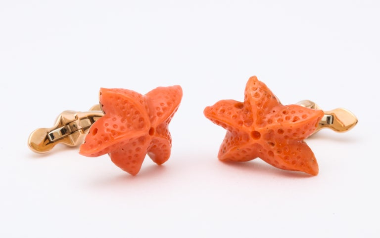 Michael Kanners Carved Coral Starfish Cufflinks In New Condition For Sale In Bal Harbour, FL