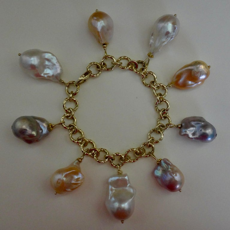 Women's Michael Kneebone Baroque Colored Pearl 18 Karat Gold Charm Bracelet For Sale
