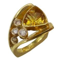 Michael Kneebone Golden Beryl Diamond Flared Shank Cluster Ring