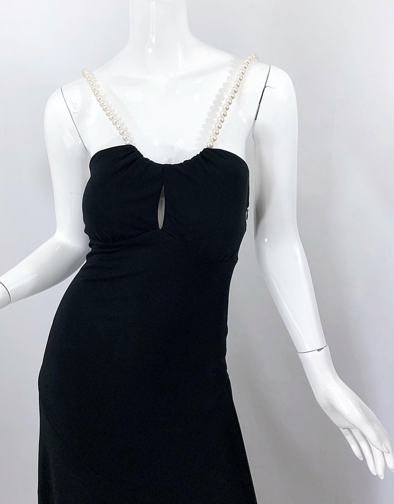 Michael Kors Collection Pearl Open Back Size 4 / 6 Black Grecian Gown Dress For Sale 6