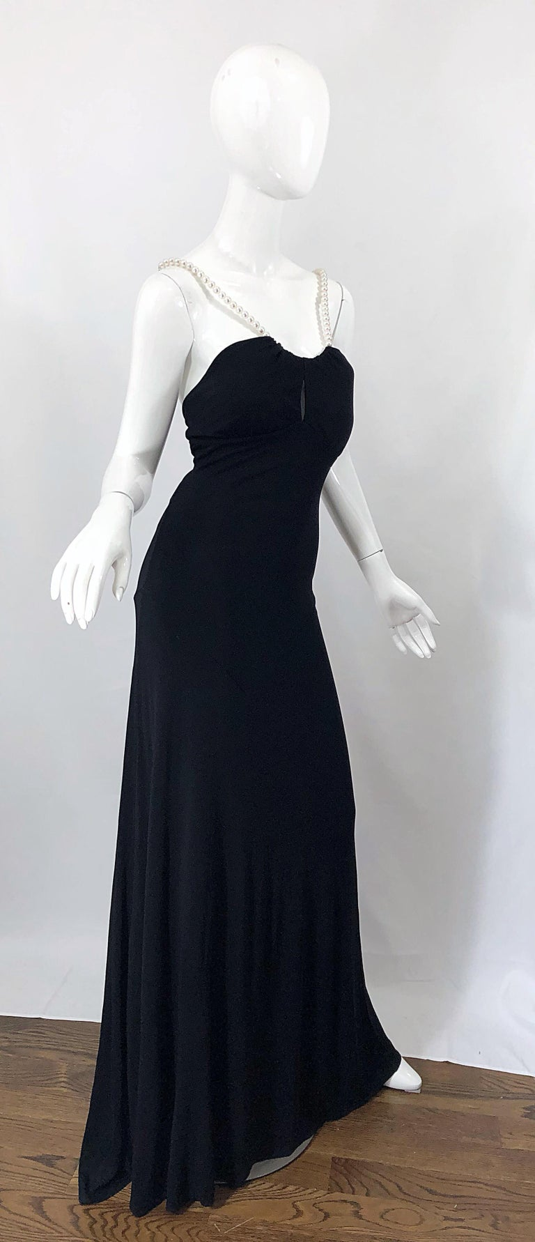 Michael Kors Collection Pearl Open Back Size 4 / 6 Black Grecian Gown Dress For Sale 9