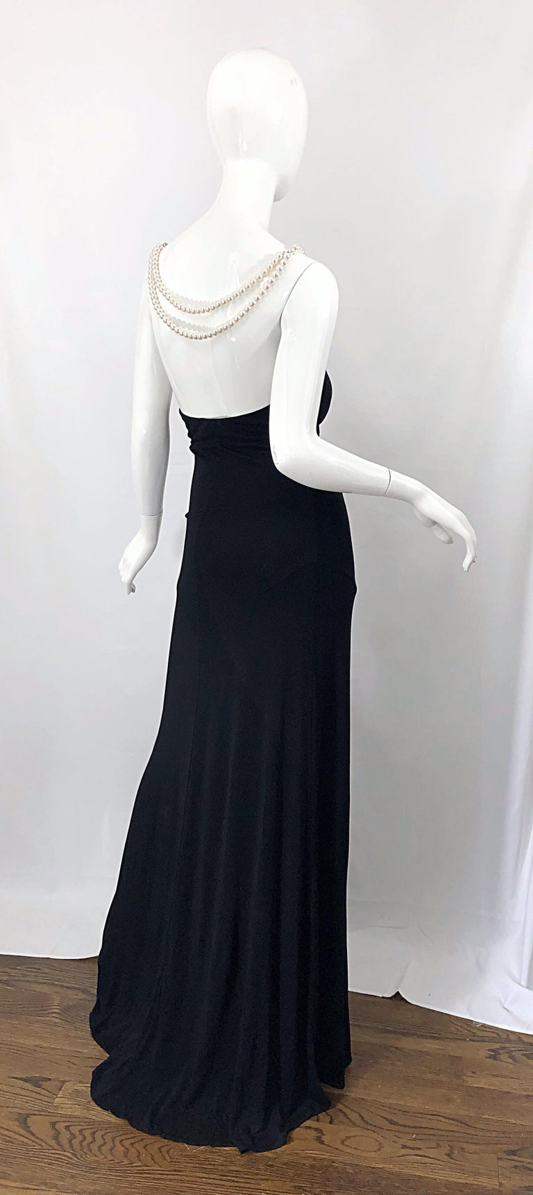 Michael Kors Collection Pearl Open Back Size 4 / 6 Black Grecian Gown Dress For Sale 10