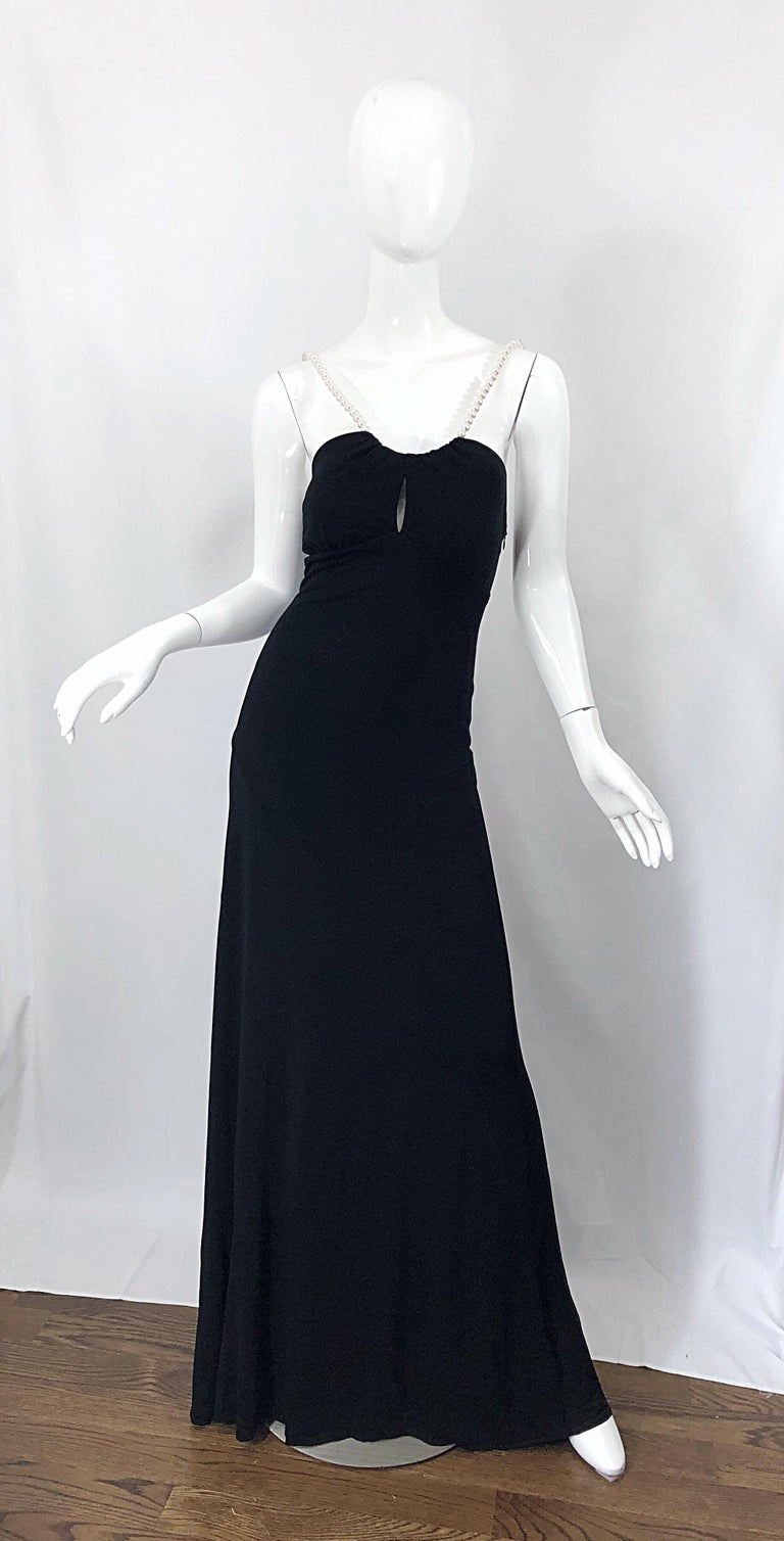 Michael Kors Collection Pearl Open Back Size 4 / 6 Black Grecian Gown Dress For Sale 11