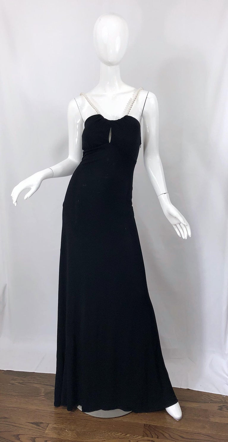 Michael Kors Collection Pearl Open Back Size 4 / 6 Black Grecian Gown Dress In Excellent Condition For Sale In Chicago, IL