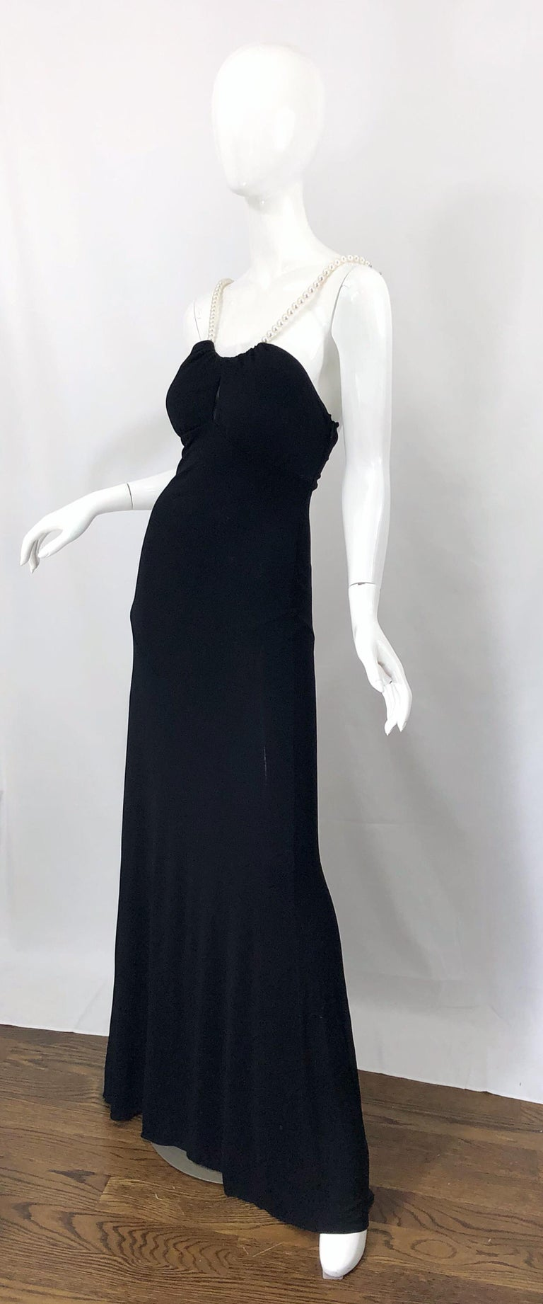 Michael Kors Collection Pearl Open Back Size 4 / 6 Black Grecian Gown Dress For Sale 2