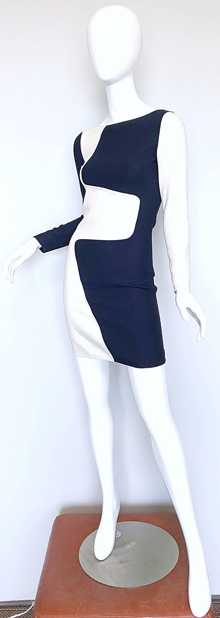 Gray Michael Kors Collection Spring 2013 Size 0 / 2 Navy Blue and White Puzzle Dress For Sale