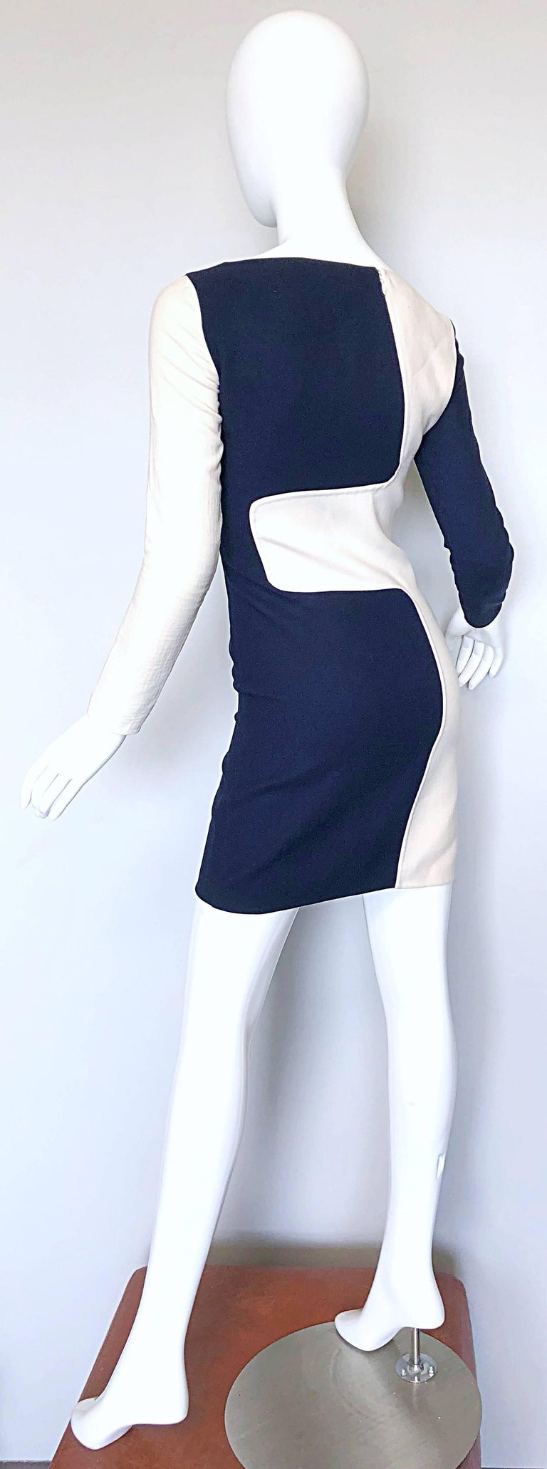 Michael Kors Collection Spring 2013 Size 0 / 2 Navy Blue and White Puzzle Dress For Sale 3