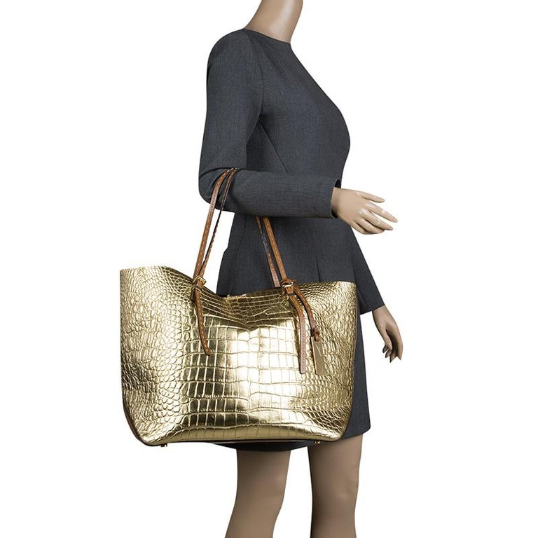 19b60c256cf63c Michael Michael Kors Metallic Gold Croc Embossed Leather Gia Tote For Sale. Michael  Kors' Gia tote is a fancy and spacious bag that is crafted with croc