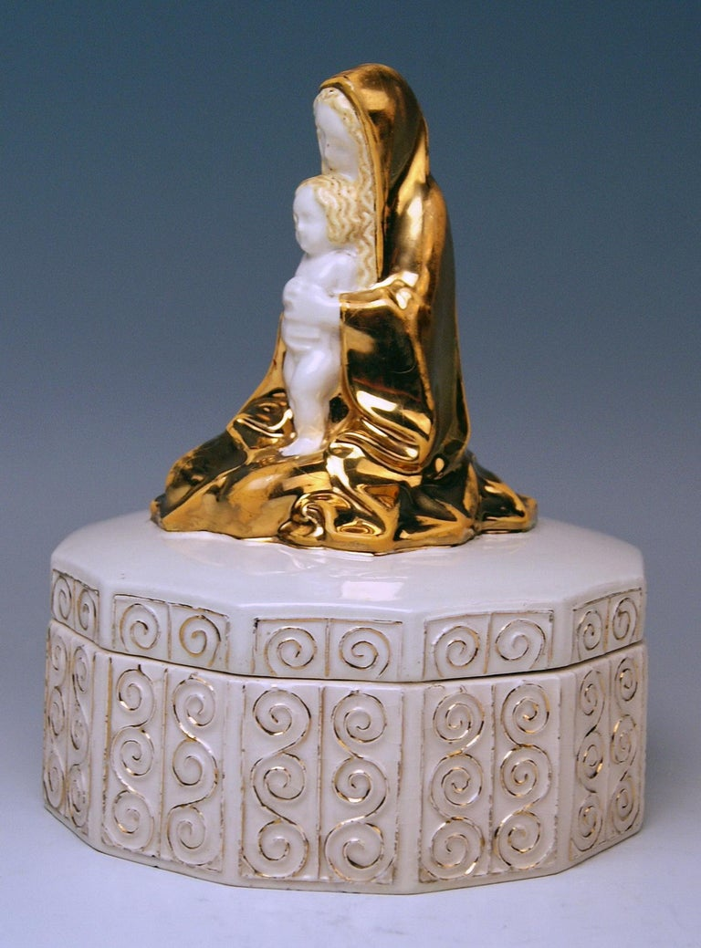 Painted Michael Powolny Art Nouveau Vienna Virgin Mary Jesus Child on Box Model 93, 1911 For Sale