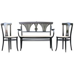 Michael Thonet Suite of a Bench and Two Side Chairs