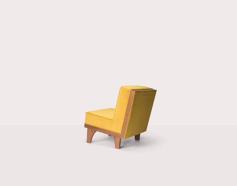 The Line lounge chair was designed by Michael van Beuren in circa 1945. An American, Bauhaus trained designed, he became one of the most successful and sought after furniture designers in Mexico during the 20th century. The Line chair has a