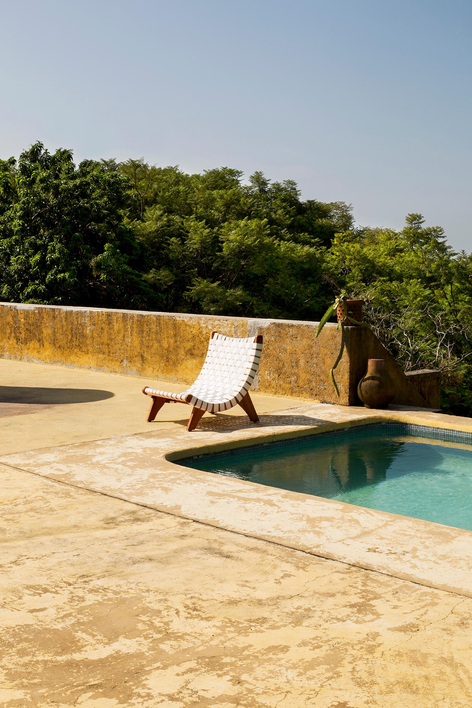 Michael van Beuren Mid Century Butaque Lounge Chair for Indoor or Outdoor