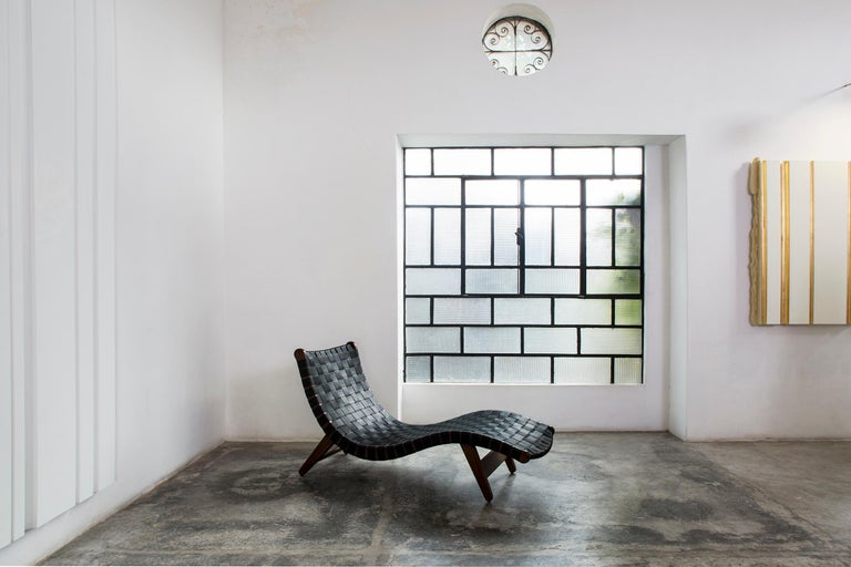Midcentury Mexican 'Alacrán' Chaise by Michael van Beuren from LUTECA  For Sale 1