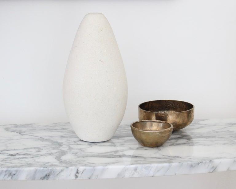 Michael Verheyden Mandorla Solifeur Pietra di Vincenza Marble Vase For Sale 4