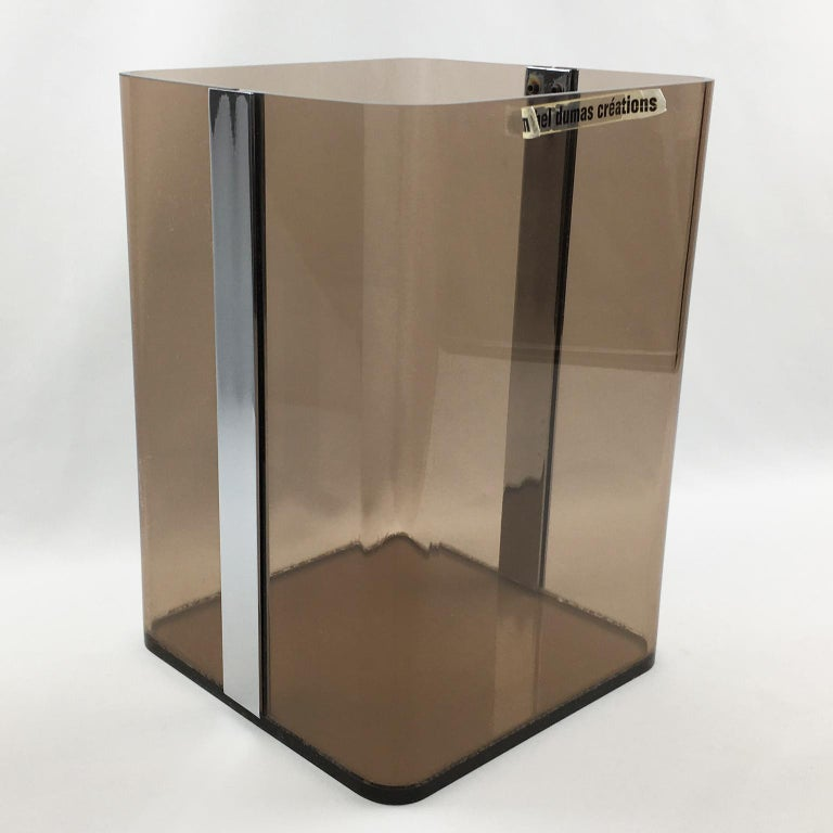 Michel Dumas for Roche Bobois 1970s Smoked Lucite and Chrome Paper Waste Basket In Excellent Condition For Sale In Atlanta, GA