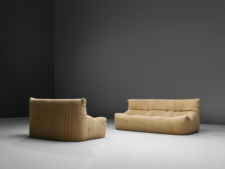 Ligne Roset Sofa in Off-White Fabric For Sale 5