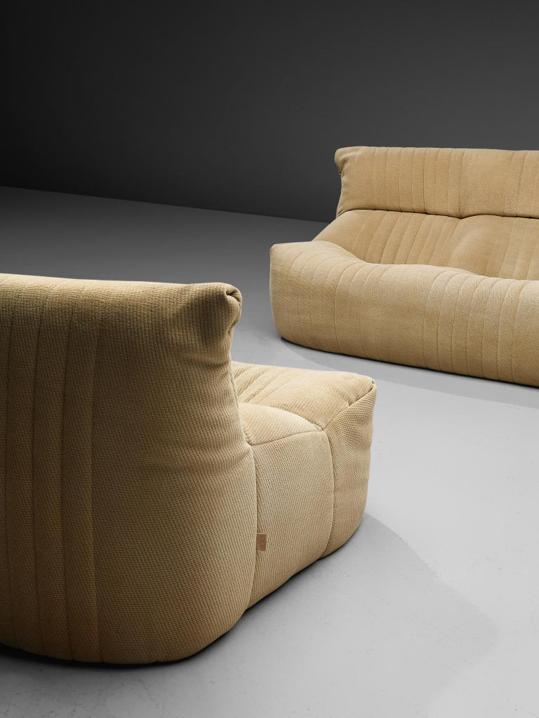 Ligne Roset Sofa in Off-White Fabric For Sale 6